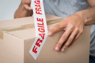 moving box - moving fragile items